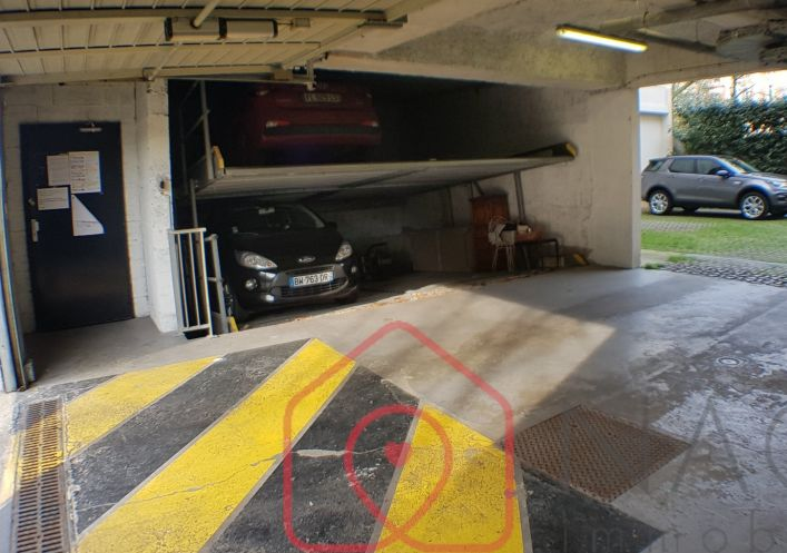 A vendre Parking int�rieur Courbevoie | R�f 7500897244 - Naos immobilier