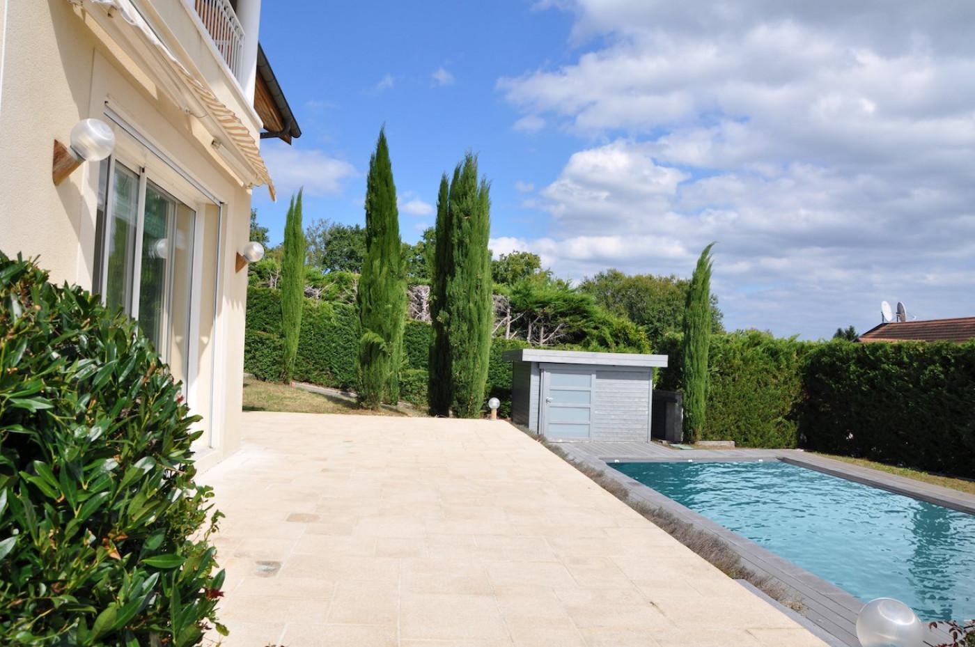 A vendre Divonne Les Bains 75011105238 Sextant france