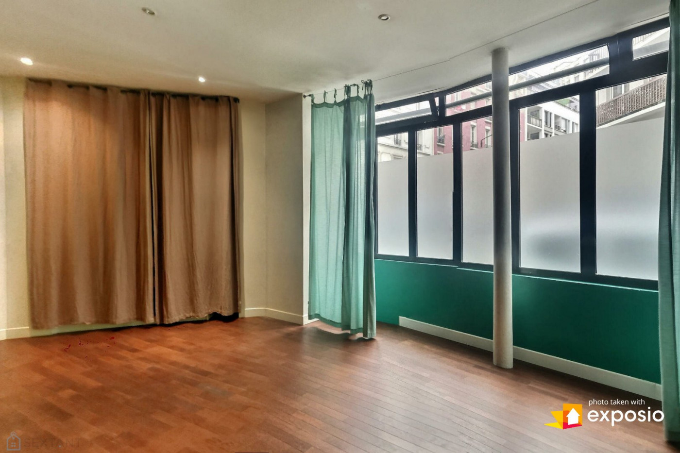 A vendre  Paris 18eme Arrondissement | Réf 75011107366 - Sextant france