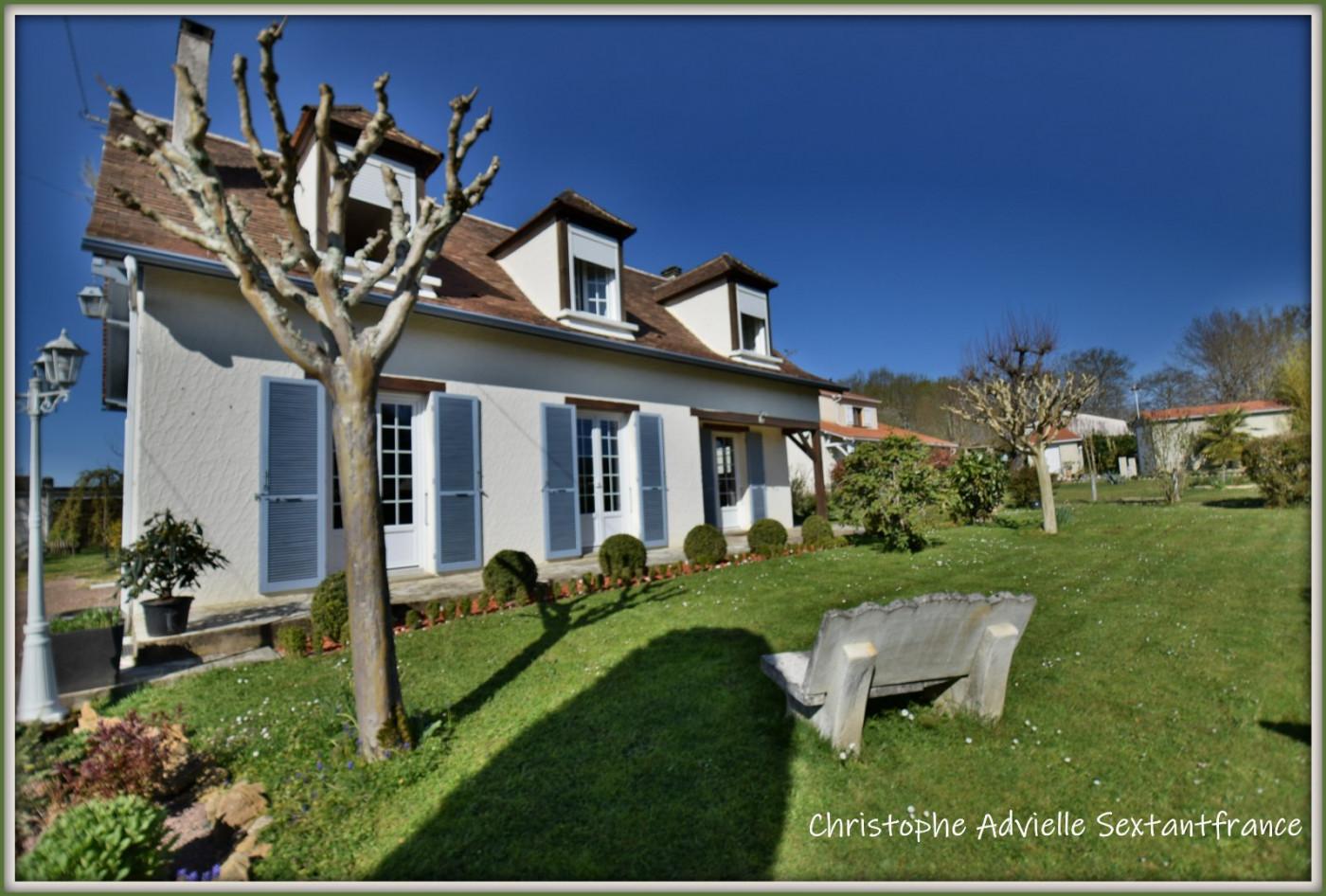 A vendre  Bergerac   Réf 75011111217 - Sextant france