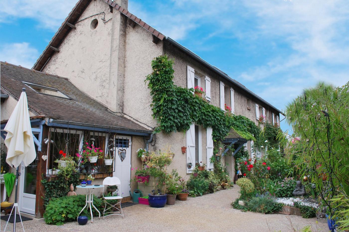 A vendre  Bonnieres Sur Seine   Réf 75011111247 - Sextant france