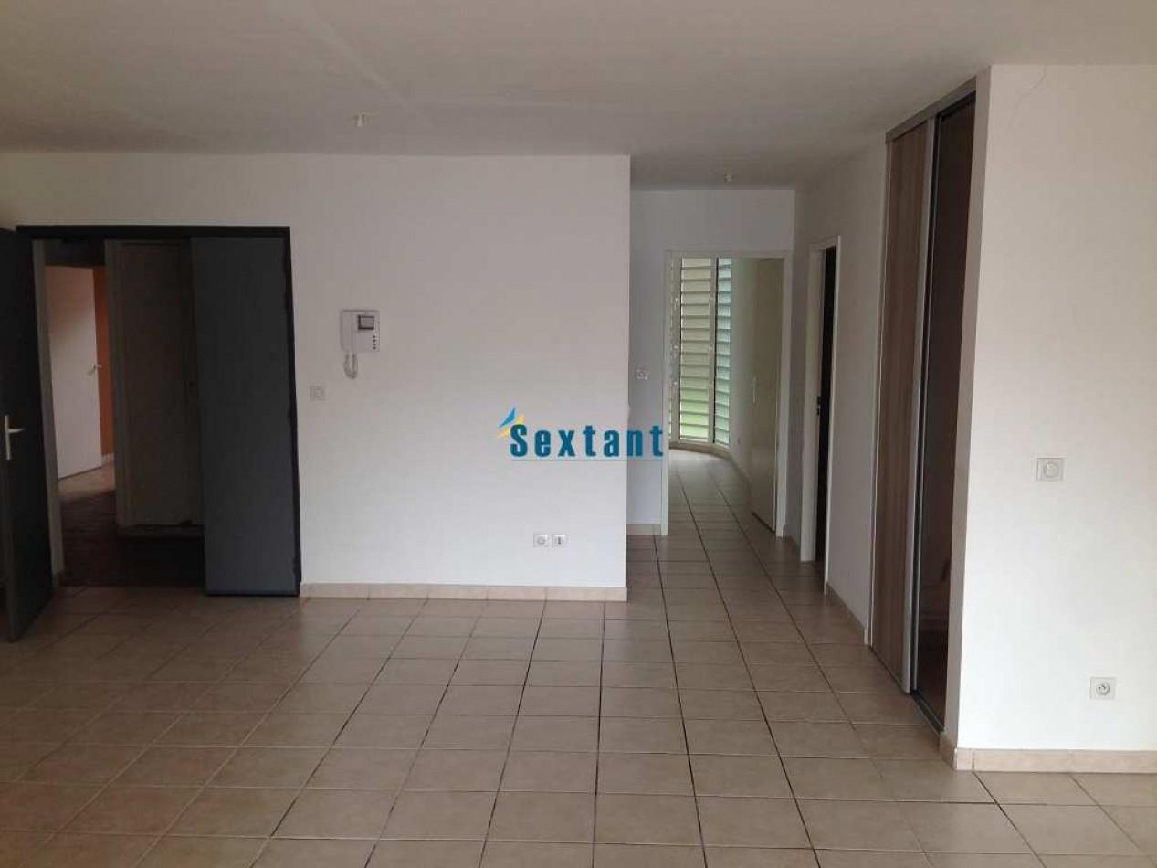 A vendre Fort De France 7501144420 Sextant france