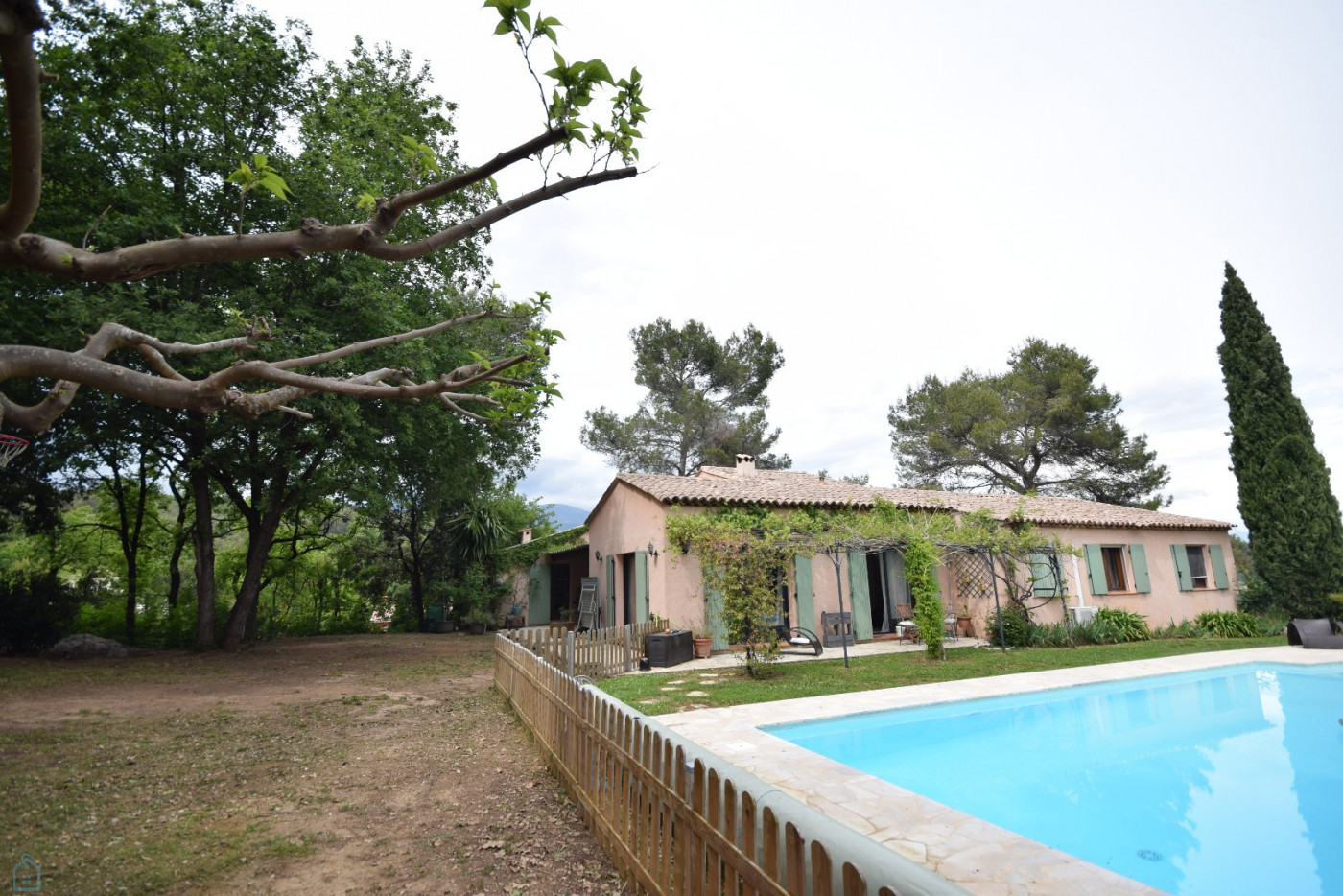 A vendre Roquefort Les Pins 7501173340 Sextant france