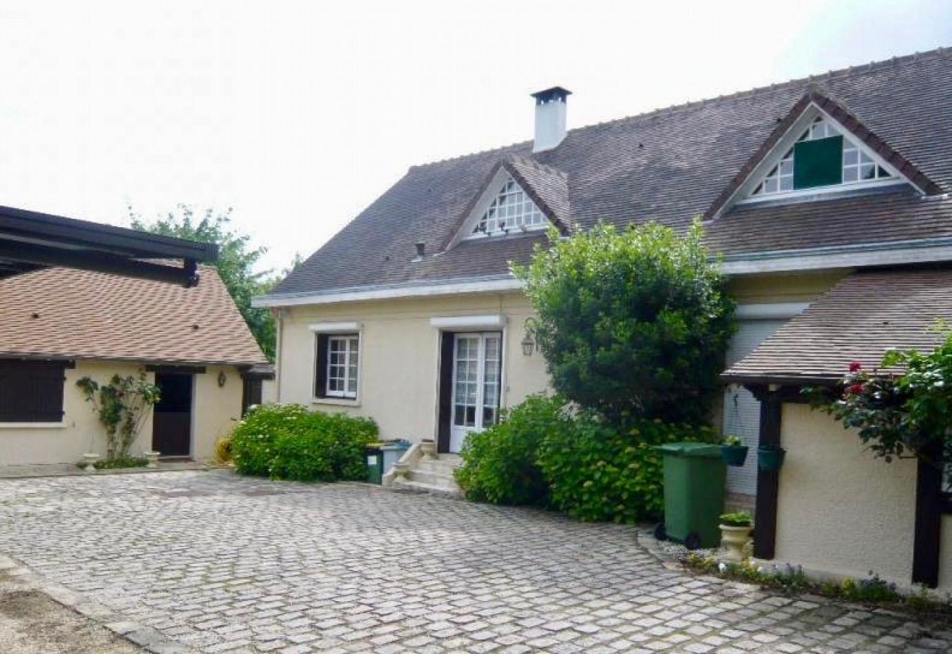 Vie Et Veranda Thoiry vente maison septeuil, 330m² 10 pièces 850 000€