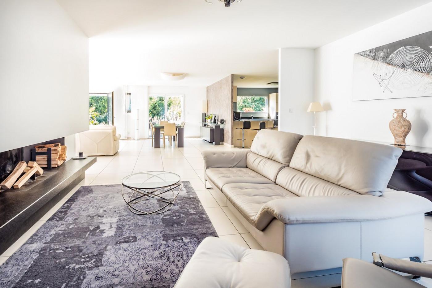 A vendre Divonne Les Bains 7501195399 Sextant france