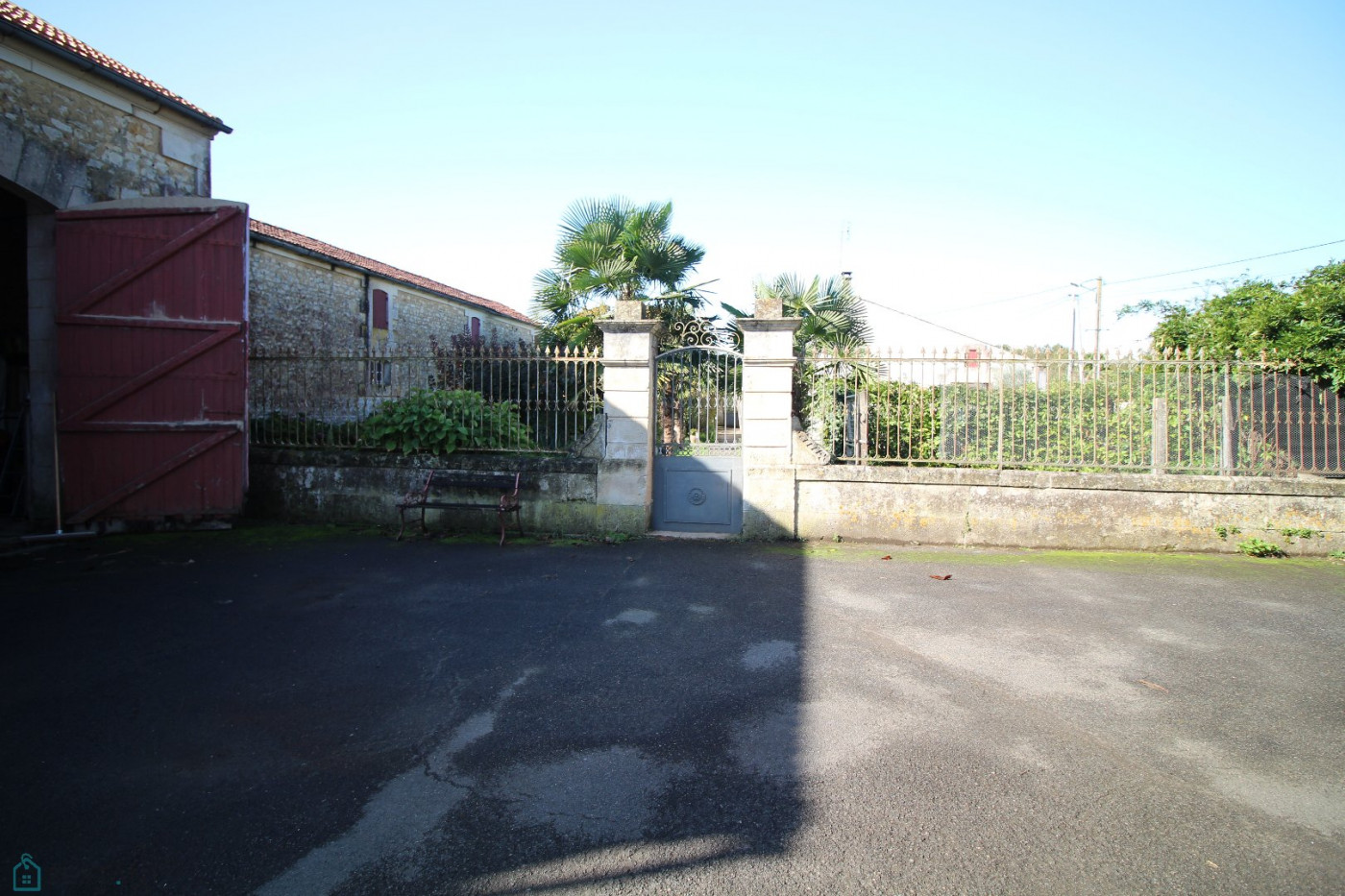 A vendre  Saintes   Réf 7501196299 - Sextant france