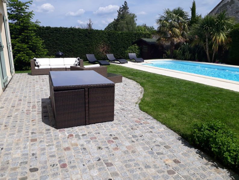 A vendre Thoiry 7502639744 Valmo immobilier