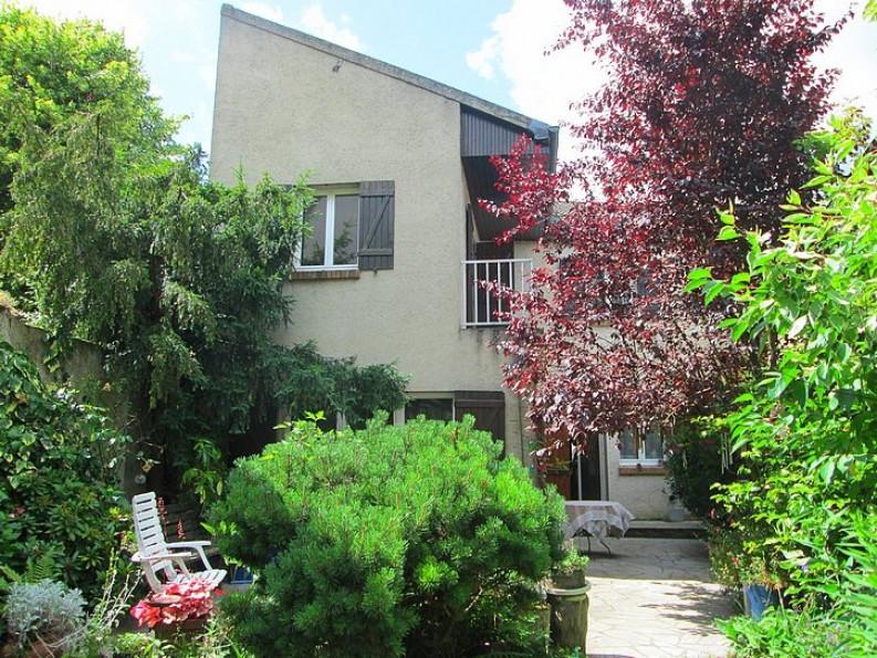 A vendre La Queue Les Yvelines 7502652151 Valmo immobilier