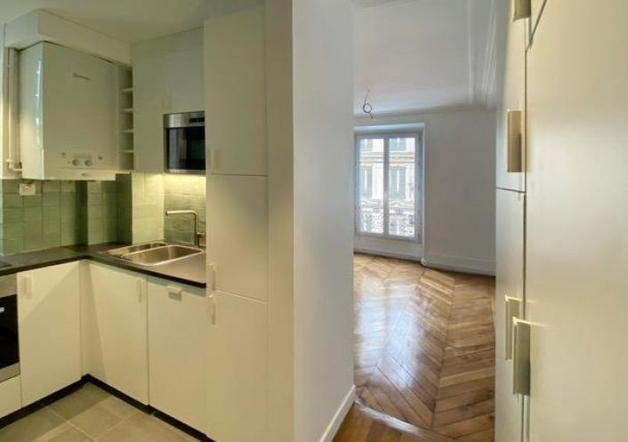 A louer Appartement Paris 9eme Arrondissement   R�f 7504081 - Api home