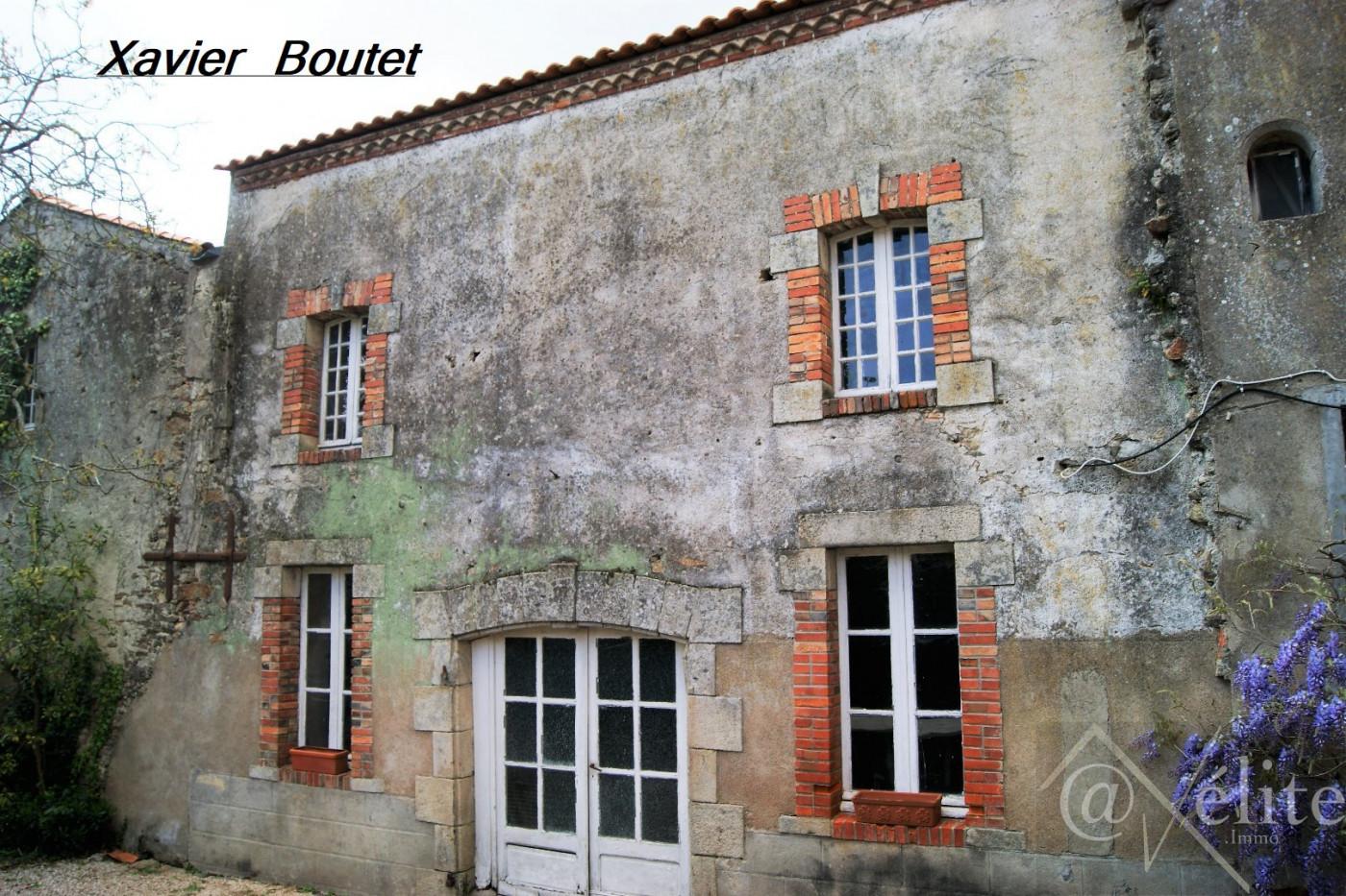 A vendre Saint Etienne Du Bois 77792161 Axelite sas