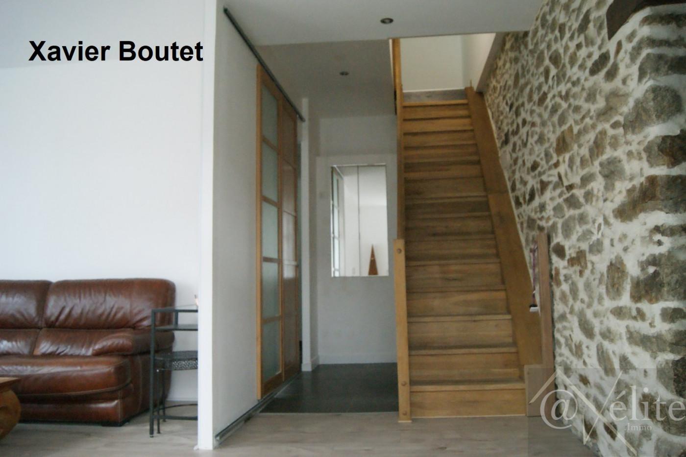 A vendre Saint Etienne Du Bois 777921741 Axelite sas