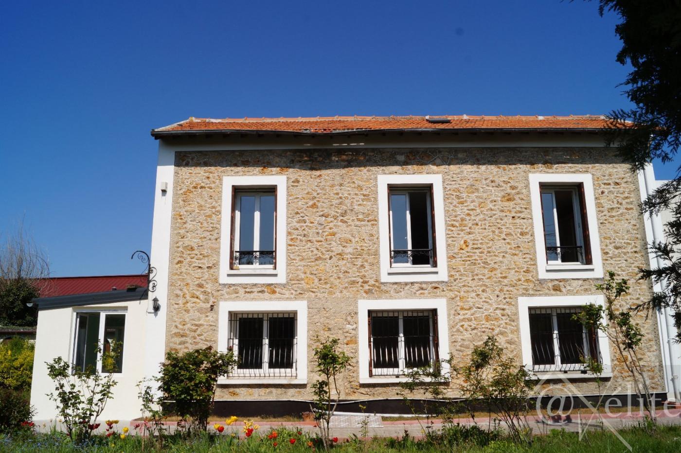 A vendre Corbeil Essonnes 77792321 Axelite sas