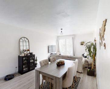 For sale  Amiens | Réf 800023231 - Le bottin immobilier