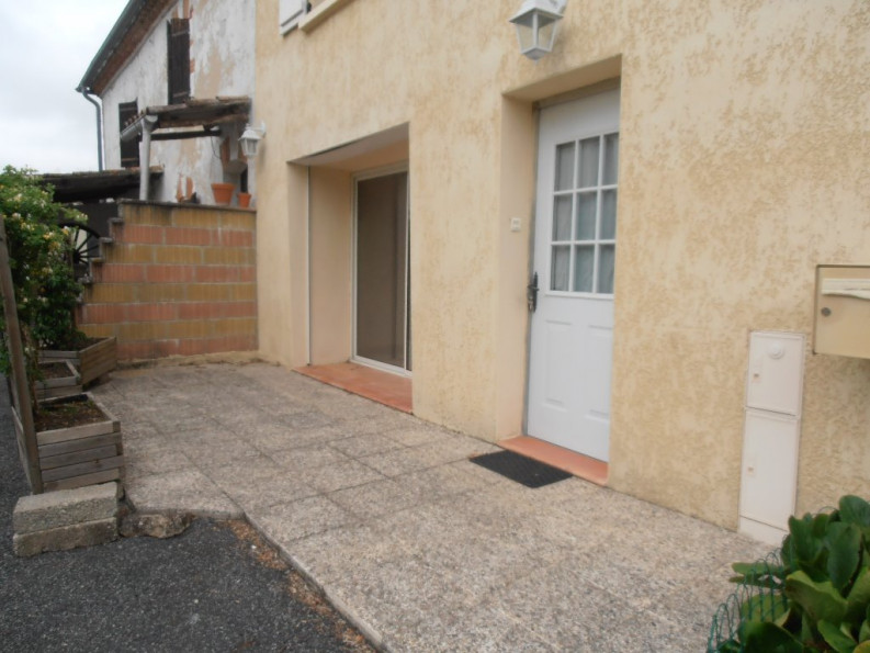 A louer Cadalen 810165011 Abc immobilier