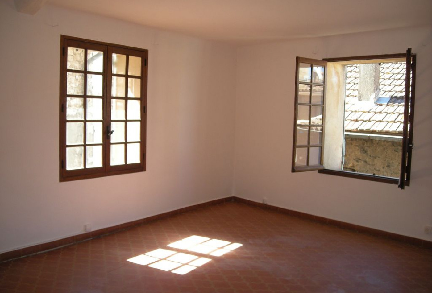 A vendre Ponteves 83009505 Marchandimmo