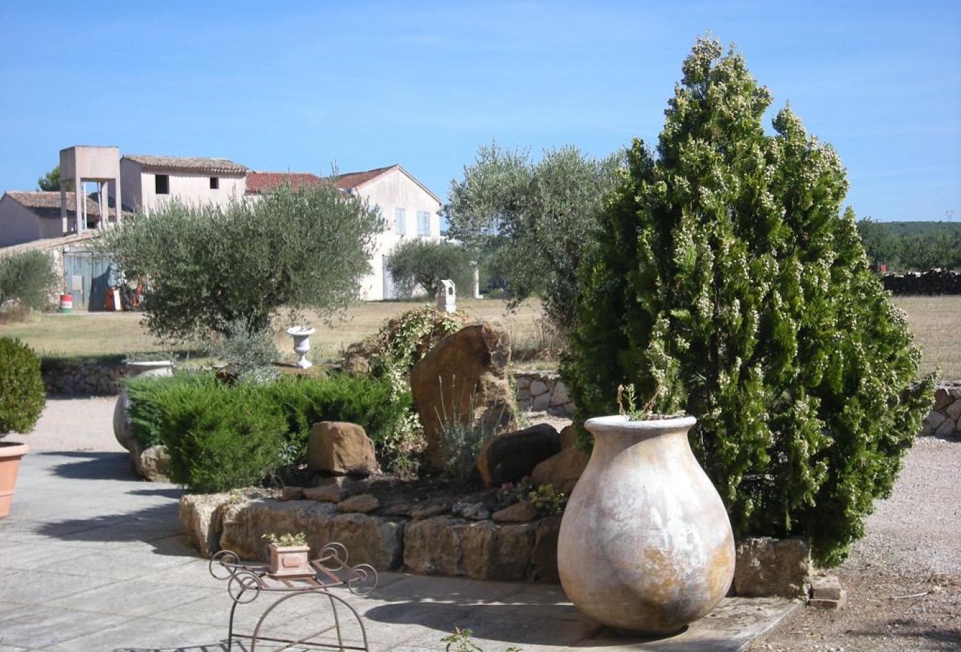 A vendre Saint Maximin La Sainte Baume 83009529 Marchandimmo