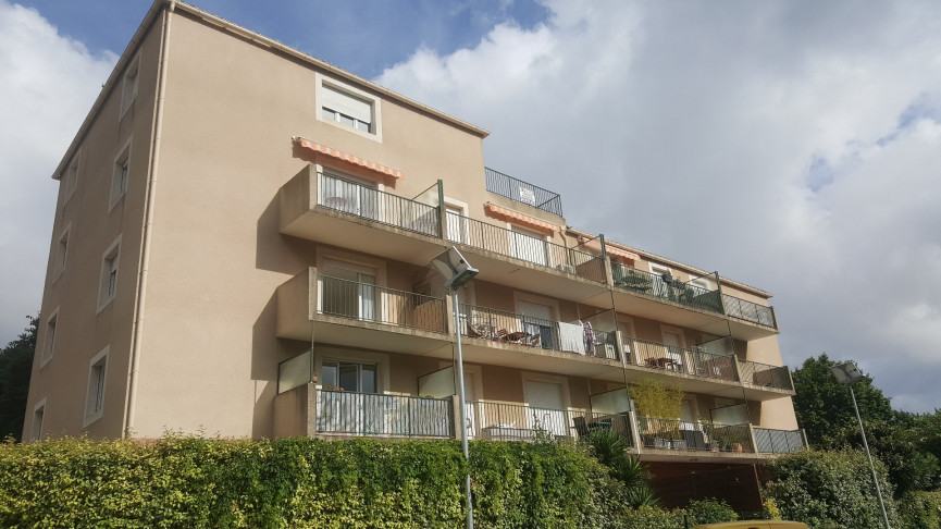 A vendre Ollioules 83017548 Dufour immobilier