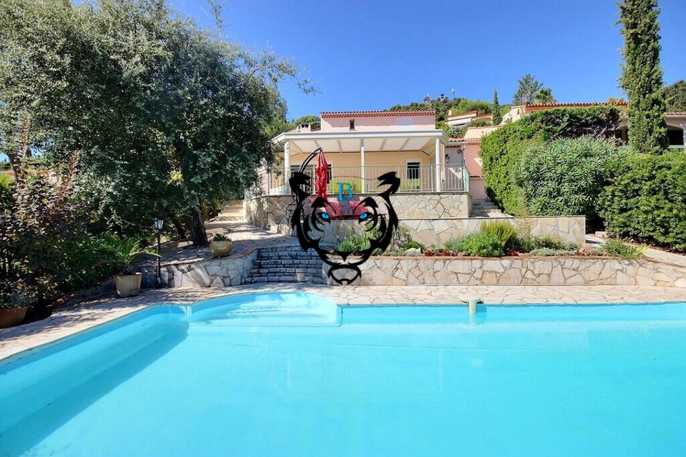 A vendre  Roquebrune Sur Argens   Réf 830214176 - Benicimmo