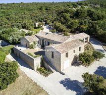 For sale  Gordes | Réf 840101196 - Provence home