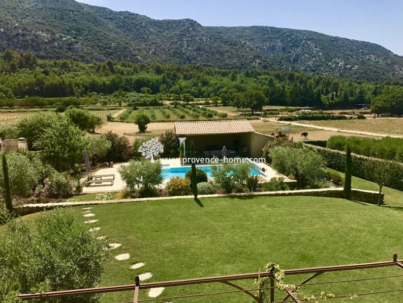 For sale  Maubec | Réf 840101611 - Provence home