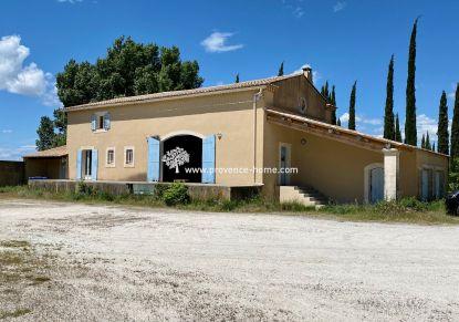 A vendre Entrepots et bureaux Oppede | Réf 840101658 - Provence home