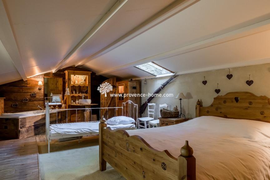 A vendre  L'isle Sur La Sorgue | Réf 840101729 - Provence home