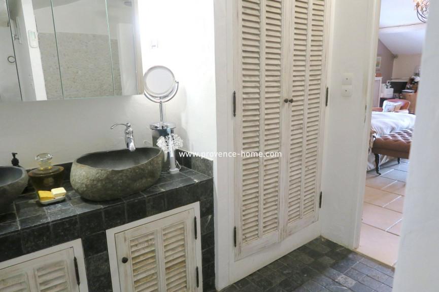 For sale  Joucas | Réf 84010219 - Provence home