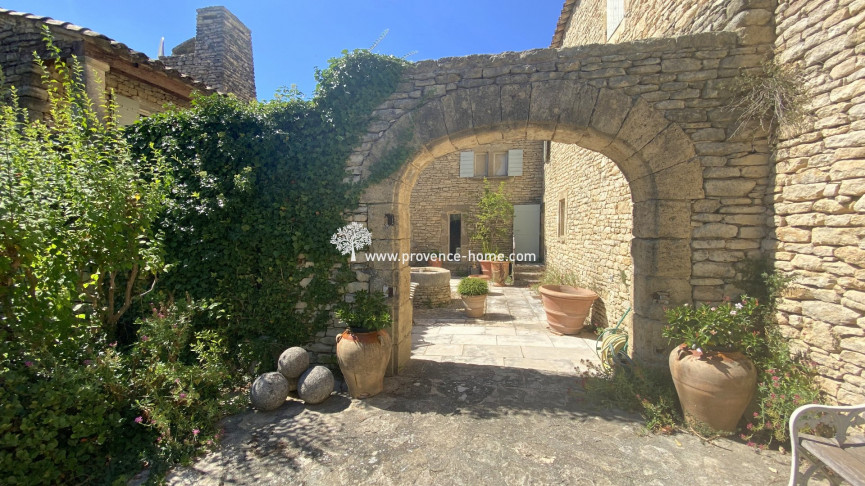 For sale  Menerbes | Réf 84010887 - Provence home