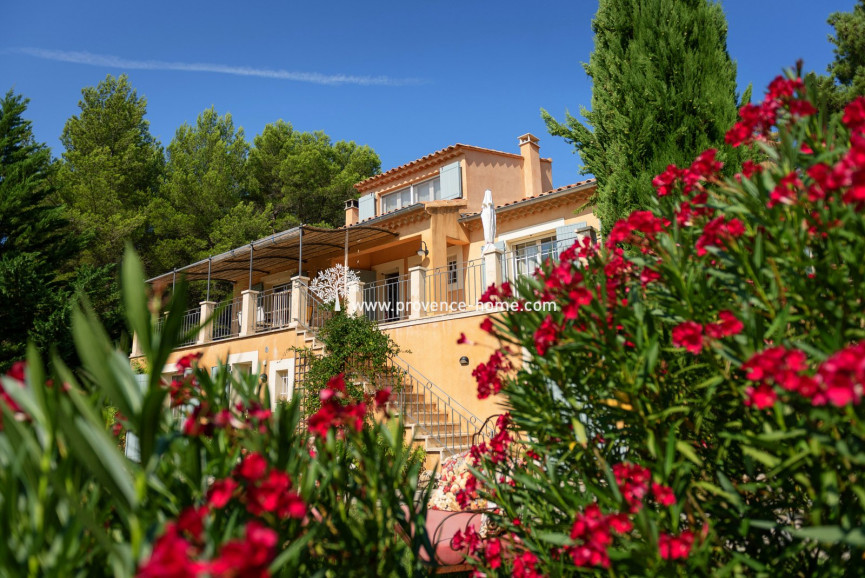 For sale Saint Saturnin Les Apt 84010998 Provence home
