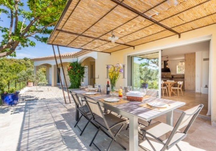 A vendre Villa d'architecte Lioux | Réf 840121307 - Luberon provence immobilier