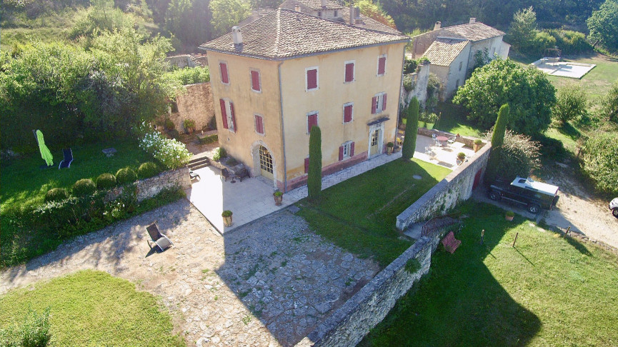 A vendre Lacoste 84012986 Luberon provence immobilier