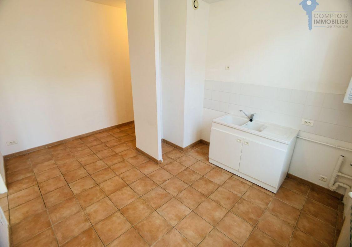A vendre Carpentras 8401855390 Comptoir immobilier de france