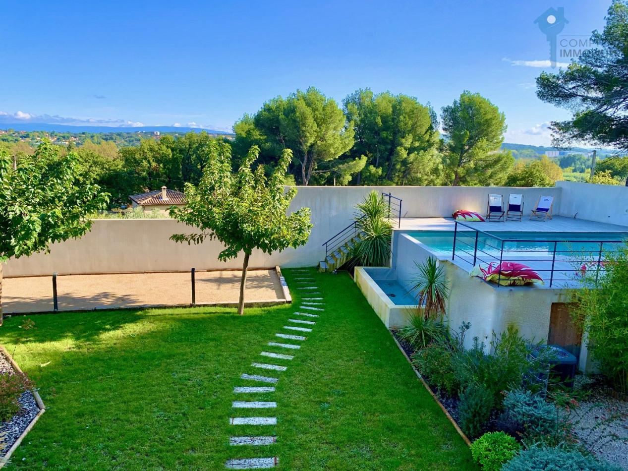 A vendre Chateauneuf Du Pape 8401856408 Comptoir immobilier de france prestige