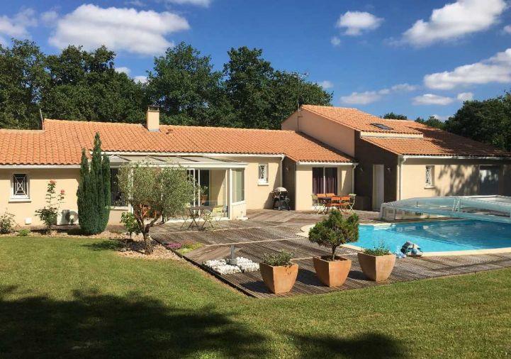 A vendre Roullet Saint Estephe 8500217292 A&a immobilier - axo & actifs