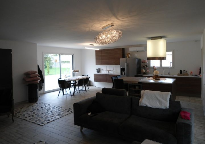A vendre Angouleme 8500259861 A&a immobilier - axo & actifs