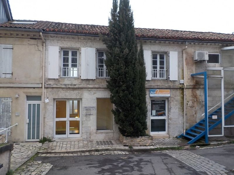A vendre Angouleme 8500267032 A&a immobilier - axo & actifs