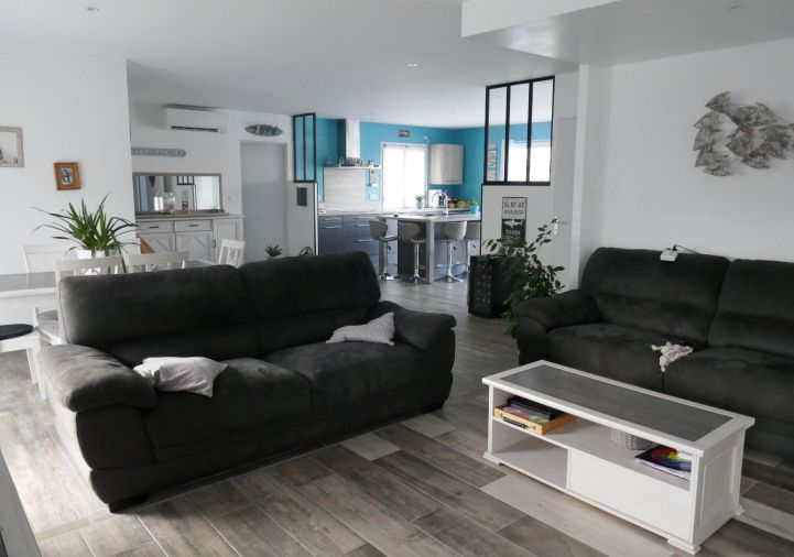 For sale Salles 8500269727 A&a immobilier - axo & actifs