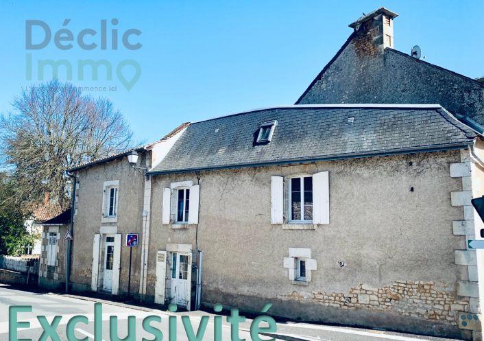 A vendre Maison Bonnes | Réf 8600514392 - Déclic immo 17