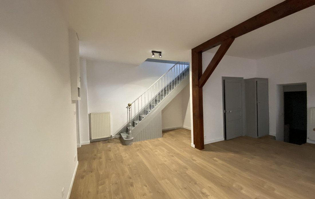 A louer  Saint Yrieix La Perche   Réf 870024342 - Booster immobilier