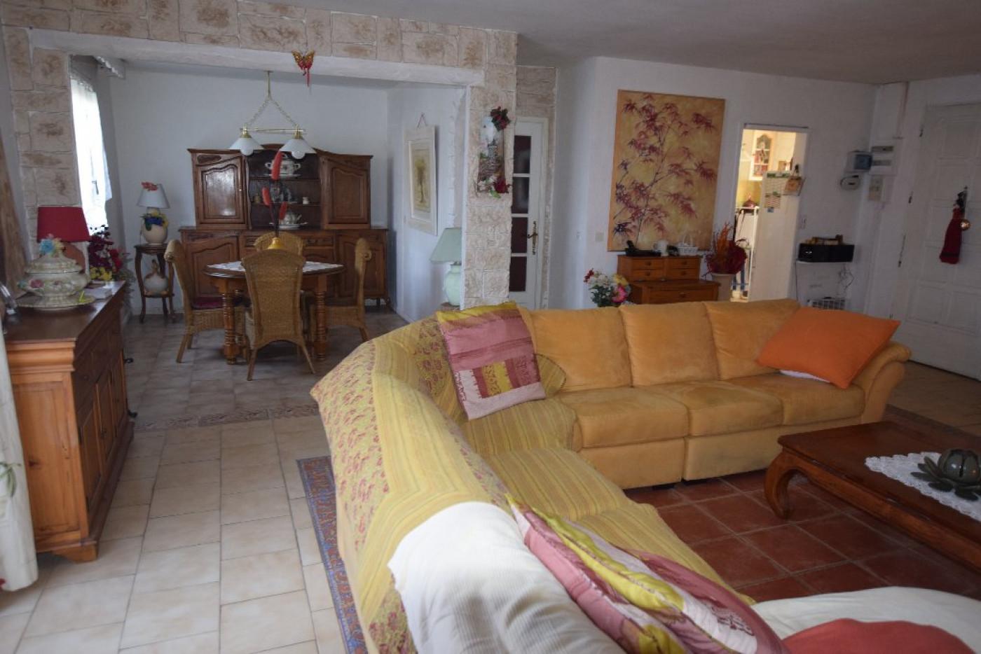 A vendre Cabannes 91001416 Ici