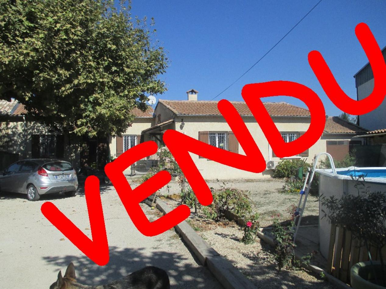 A vendre Cabannes 91001716 Ici
