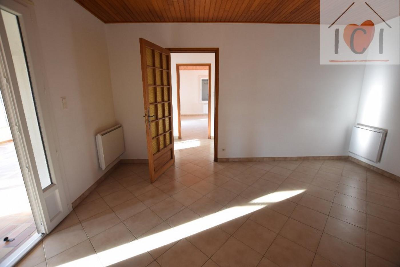 A vendre Cabannes 91001745 Ici