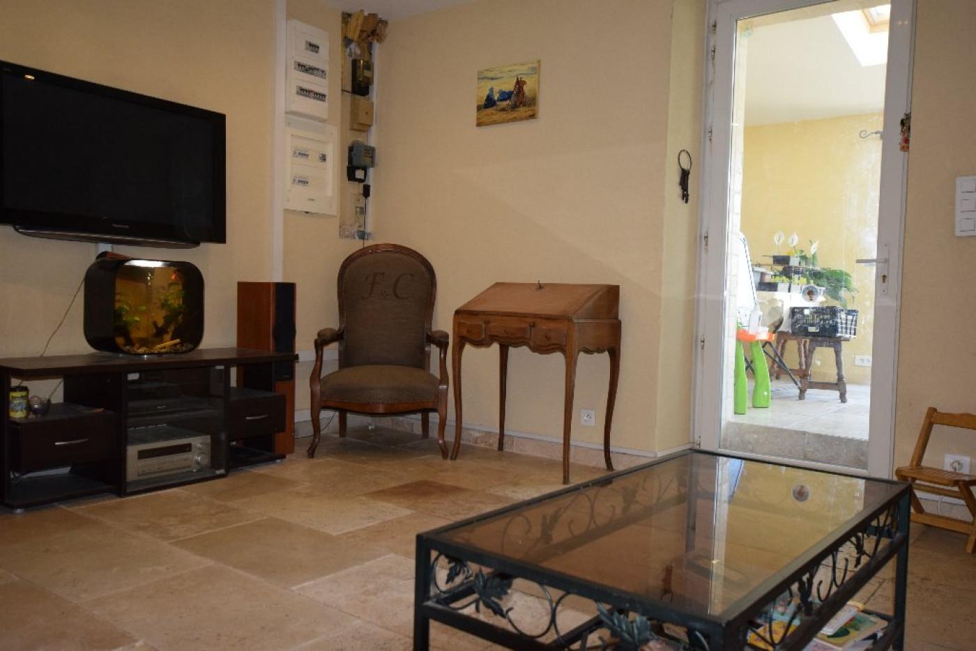 A vendre Cabannes 91001910 Ici