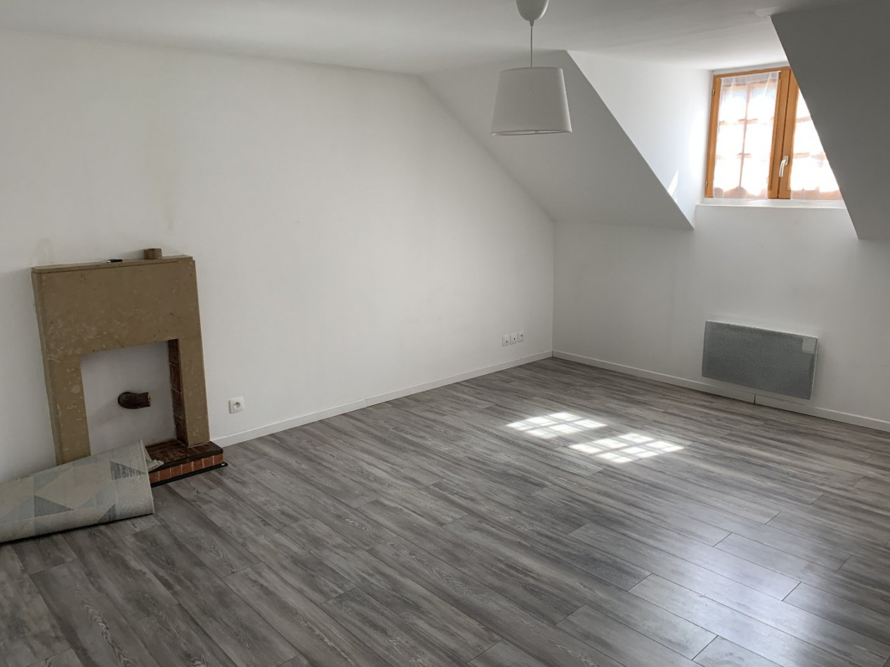 A louer Saclas 910214960 Côté immobilier
