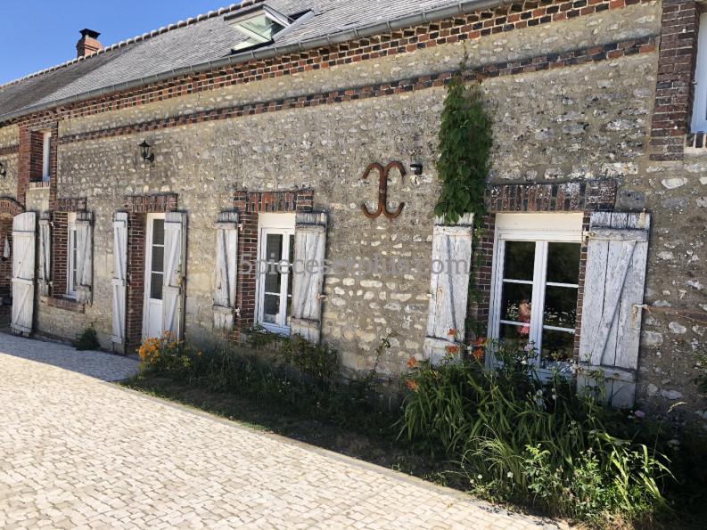 A vendre  Le Merlerault   Réf 9201110176 - 5 pièces et plus