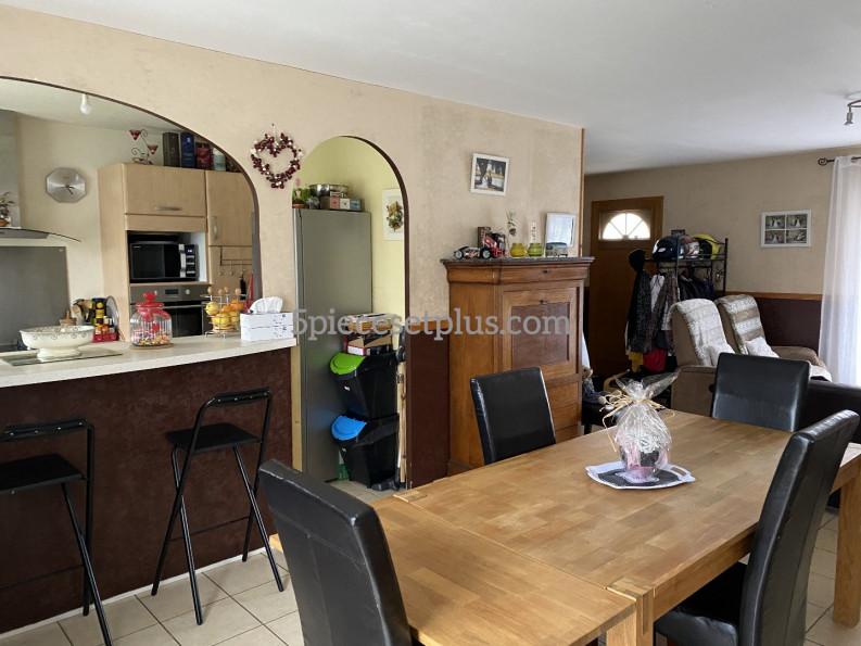 A vendre  Le Merlerault   Réf 9201110316 - 5 pièces et plus