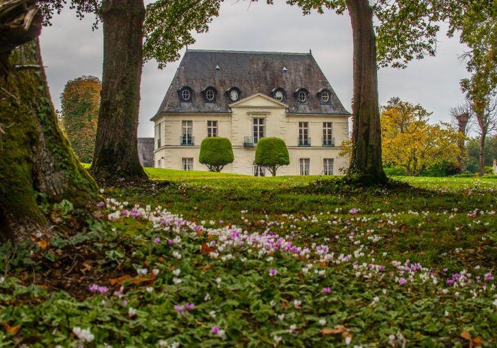 A vendre Maison de maître Tours | Réf 9201110360 - 5 pièces et plus