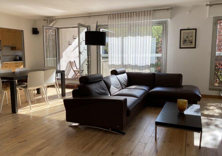 A vendre Appartement en résidence Neuilly Sur Seine | Réf 9201110382 - 5 pièces et plus