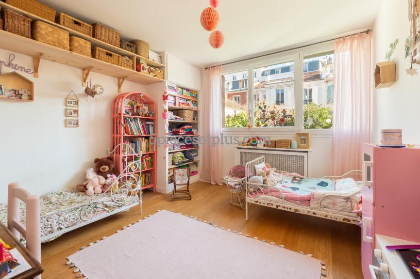 A vendre  Asnieres Sur Seine | Réf 9201110392 - 5 pièces et plus