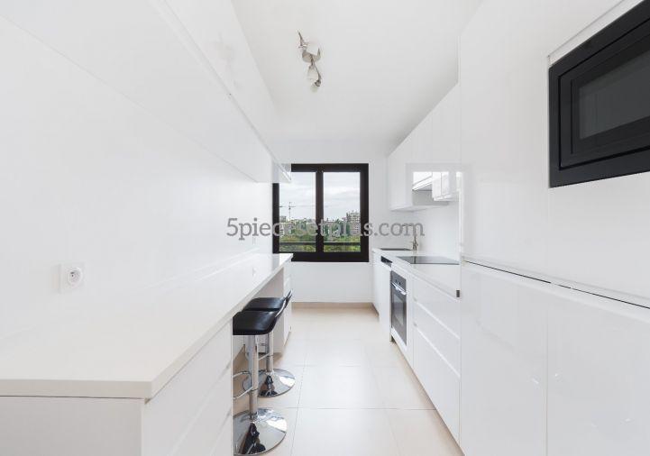 A vendre Appartement rénové Levallois Perret | Réf 9201110480 - 5 pièces et plus